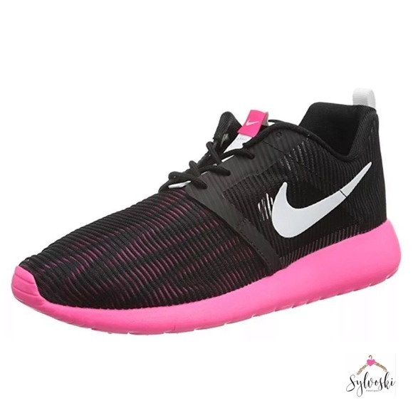 watch 25999 d44b2 Nike Roshe One Flight Weight Black Pink Shoes